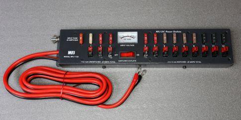 MFJ 1128 DC Verteiler mit Instrumen